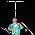 超高難易度とされる3本のデビルスティックのアイドリングができるジャグリング全日本チャンピオン
