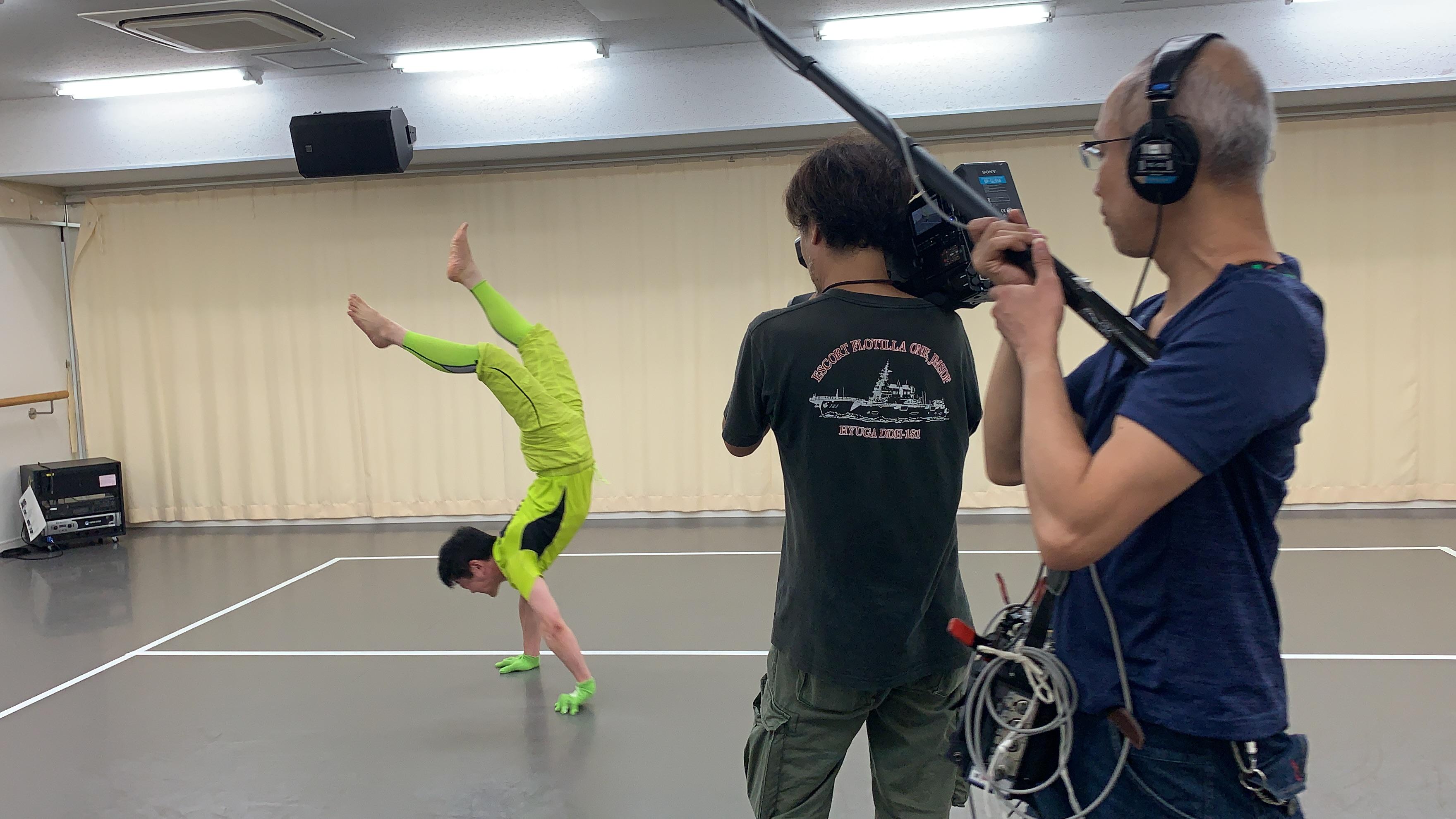 ハートネットTV(NHK Eテレ)に、逆立ち超人しゃちほこが出演